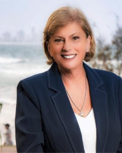 Lauren Clayton, Mermaid Beach, 4218