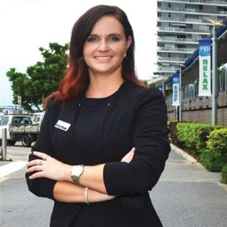 Jessica Skinner, Cairns, 4870