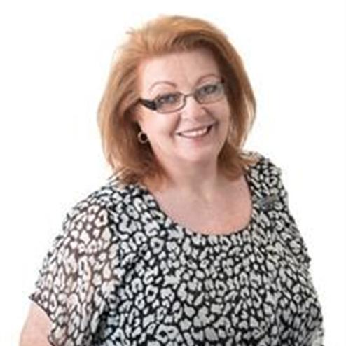 Julie Smart, Kirwan, 4817