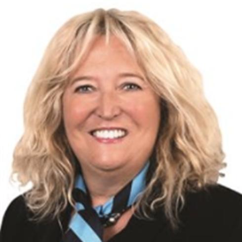 Karen Broadhurst, Banyo, 4014